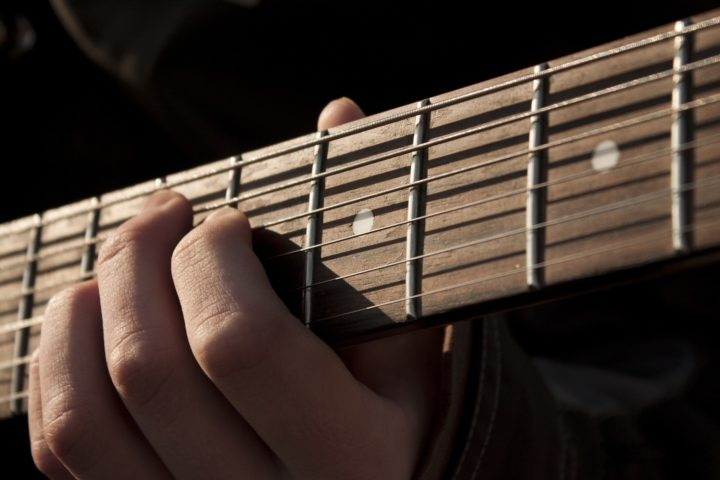 Useful Tips If You Are Learning To Play The Guitar